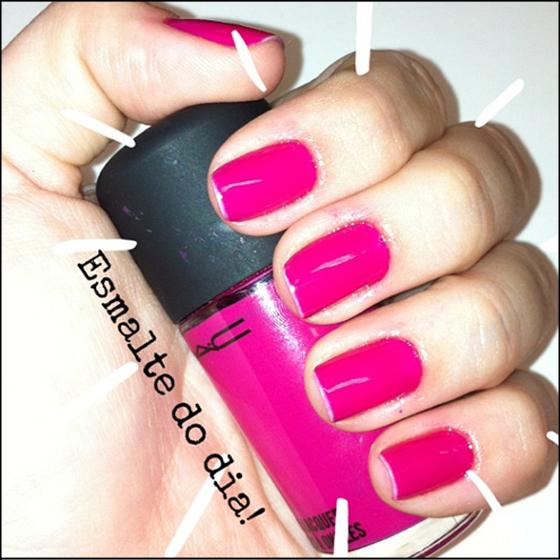 coisas que amamos esmalte do dia mac pink rosa